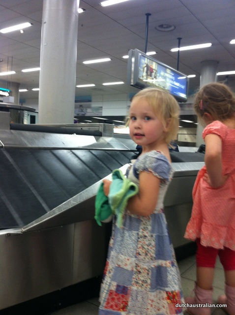 schiphol baggage claim